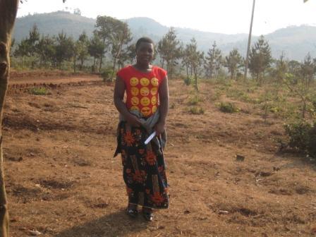今年Ngwilizi中学校を卒業したGrace。大きくなりました!