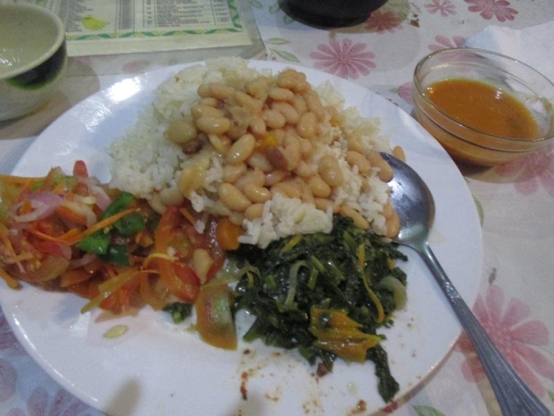 ンジョンベで食べた2017年最後の食事Wali na Maharage