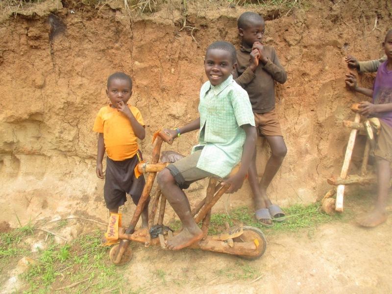 以前タンザニアで見た自転車。