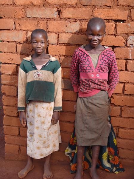 支援開始当時6年生だったフローラとブラッシア