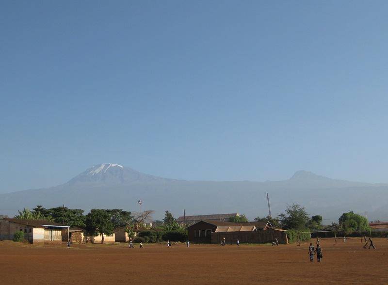 2009年1月に撮影したキリマンジャロ山